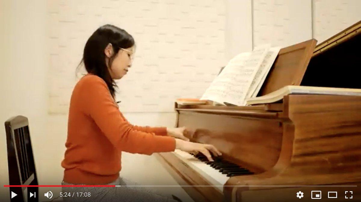 ピアノと全体のアングル